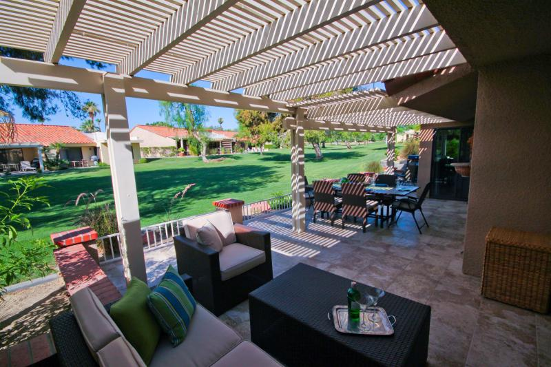 Stunning tiled patio -- 40 x 13 extra living space! - 2+ BR Resort Living with the Comforts of Home! - Palm Desert - rentals