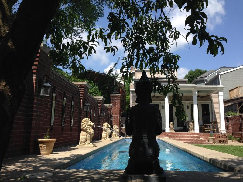 Enchanting Luxurious Spa Oasis Garden Gril - Image 1 - Louisville - rentals