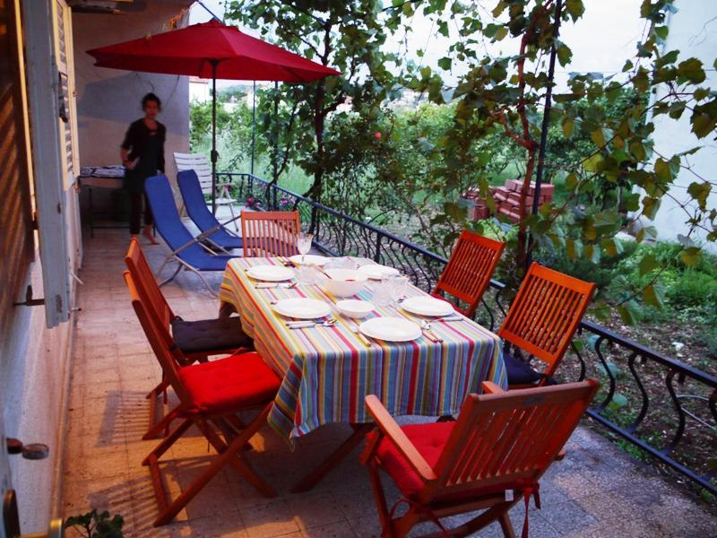 Apartment Lana is situated between l - Image 1 - Seget Donji-Vranjic - rentals