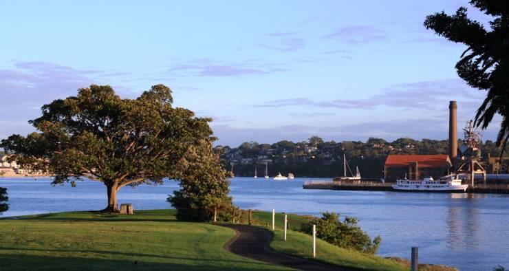 Stunning parkland and Sydney Harbour views throughout Balmain - 2 bedroom cottage in a quiet street in Balmain - Balmain - rentals