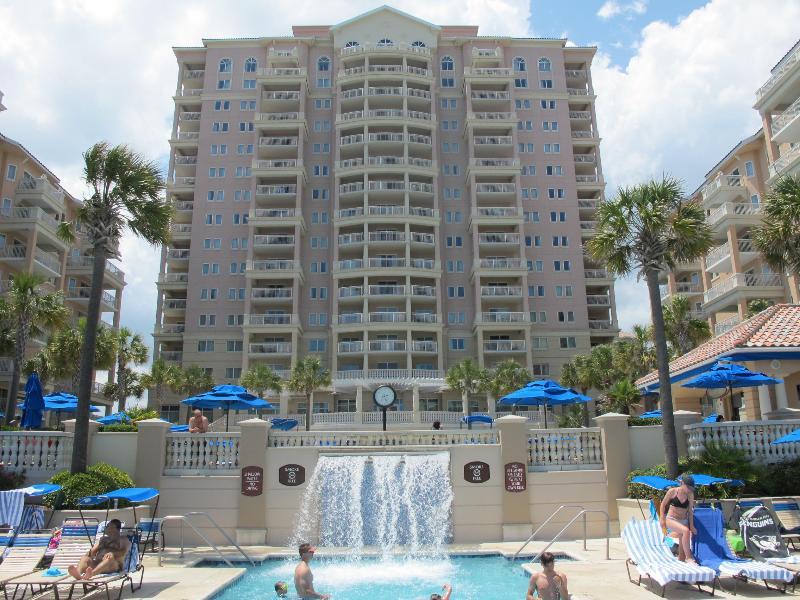 Waterfall into Lower Pool - Oceanfront Marriott's OceanWatch Villas GandeDunes - Myrtle Beach - rentals