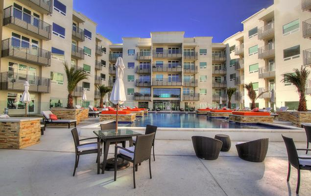 Outdoor siting area - 2 Bedr. Luxury Condo near Fiesta Texas, La Cantera, Unit #317 The Ricchi Condominiums - San Antonio - rentals