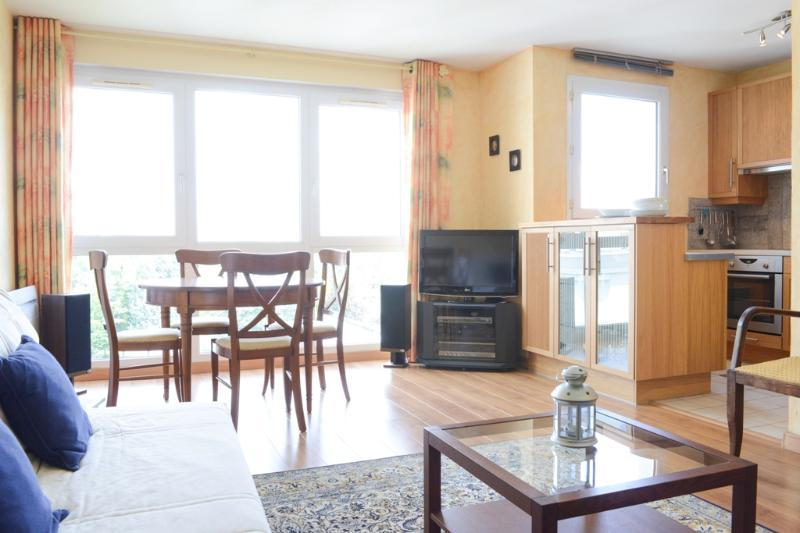 LILLE close to TRAIN STATION : lightful apartment - Image 1 - Lille - rentals