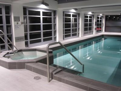 Indoor Heated pool - Paramount - Chinatown 2bdr apartment with balcony - Melbourne - rentals