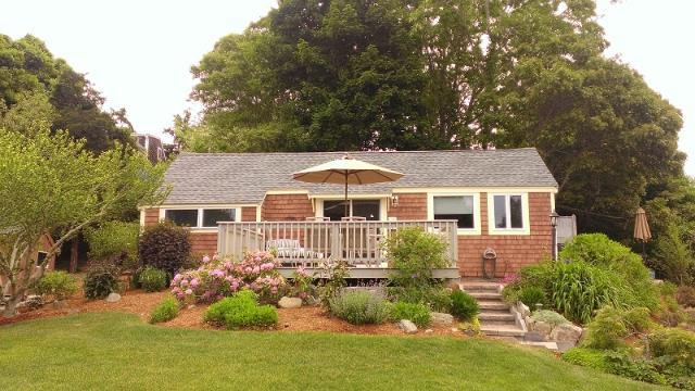 Updated Cottage with Views of Town Cove (1038) - Image 1 - Orleans - rentals