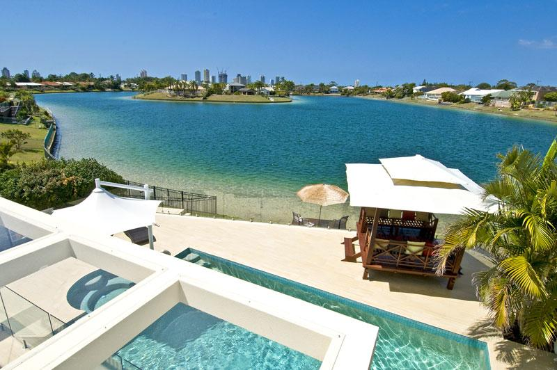 View from balcony and three bedrooms over the lake - Broadbeach Waterfront  Luxury Beach house - Gold Coast - rentals