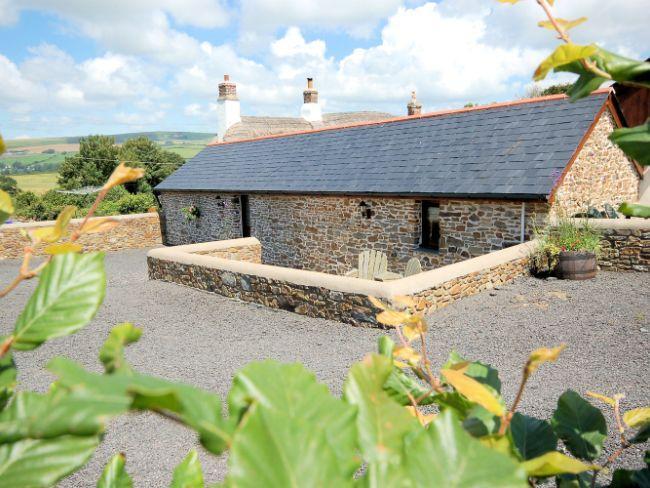 View towards the property - HDSWA - Tawstock - rentals