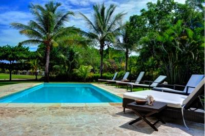 4 Bedroom Villa with Private Courtyard & Pool in Punta Cana - Image 1 - Punta Cana - rentals