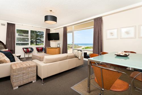 Newport Sea-Breeze (Absolute Beachfront) - Image 1 - Newport - rentals