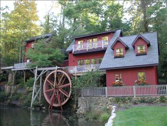 The Upper & Lower Millhouse (Lower Millhouse is on Right) - Lower Millhouse 99010 - Flat Rock - rentals