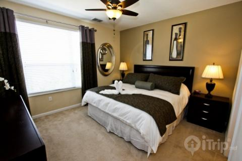 King Master w/private Bath, TV - 4845 Vista Cay - Orlando - rentals