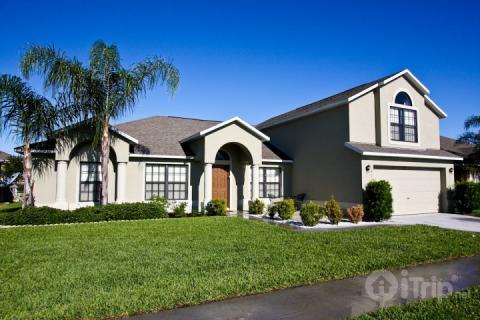 Beautiful 5 bedroom pool home - 217 Legacy Park - Davenport - rentals