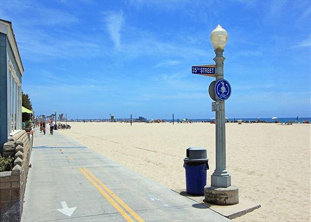 2 Bedroom Beach House on Boardwalk! Great Views! (68148) - Image 1 - Newport Beach - rentals