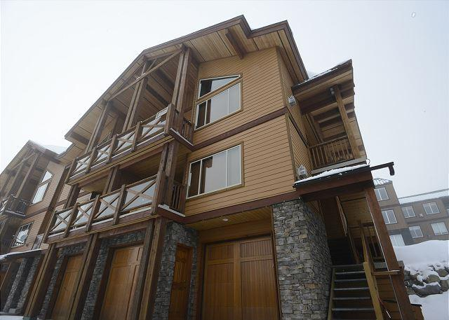 FRONT ELEVATION - North 201 - Great Location with Fantastic Views of the Monashee Mountains - Big White - rentals