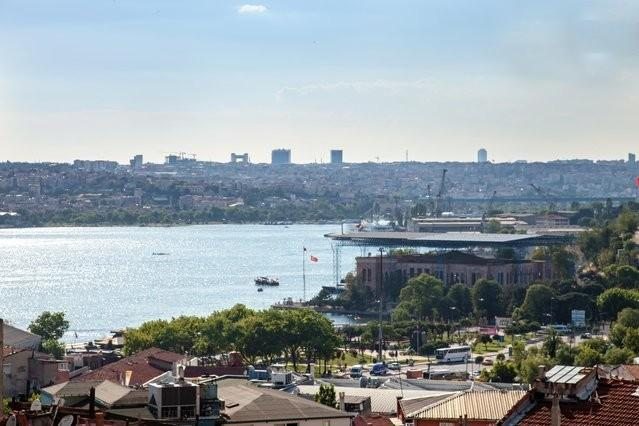 wiew of the Golden Horn from the living room - Best price!  Beyoglu,style,comfortbl,sea view flat - Istanbul - rentals