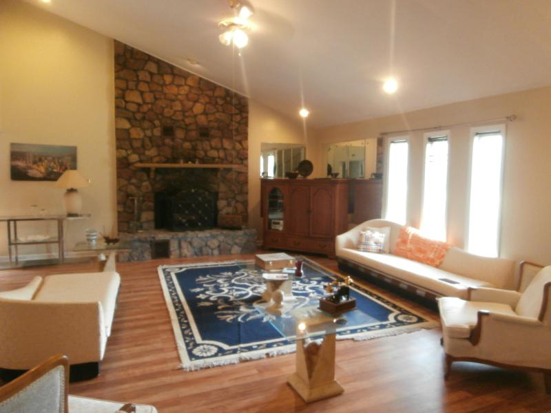 Private Cozy and Chic Vacation Getaway -  College  Town  Troy, AL - Image 1 - Troy - rentals
