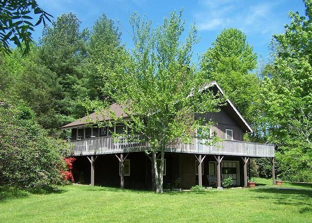 A Little TLC Chalet you deserve a little TLC!  Rest and relax. - Image 1 - Blowing Rock - rentals