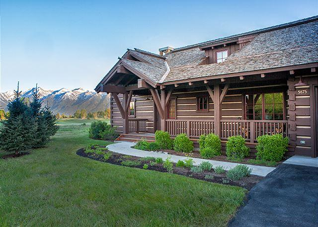 Eagle's Rest - Front of Cabin - Eagle's Rest - THE Cabin with Teton Views at JH Golf and Tennis - Jackson - rentals