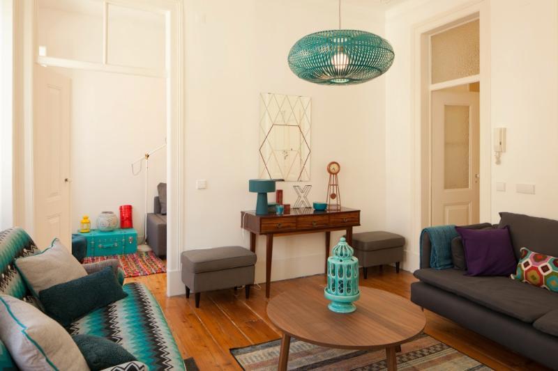 Apartment in Lisbon 256 - Baixa / Castelo - Image 1 - Lisbon - rentals