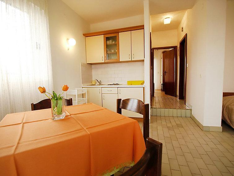 Apartments Daniela - 20601-A4 - Image 1 - Kukljica - rentals