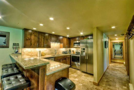 Remodeled Kitchen, Stainless Steel Appliances, Granite Countertops - Rockies 2236 - Steamboat Springs - rentals