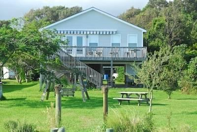 STONE COTTAG - Image 1 - Newport - rentals