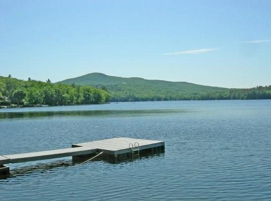 View of the dock from the cottage - GRAY COTTAGE - Town of Camden - Megunticook Lake - Camden - rentals