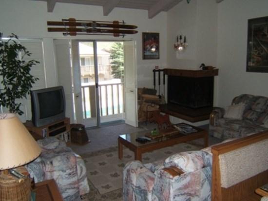 Living room - Walk to Town - Val d` Sol #31:Ketchum Vacation Rental - Ketchum - rentals