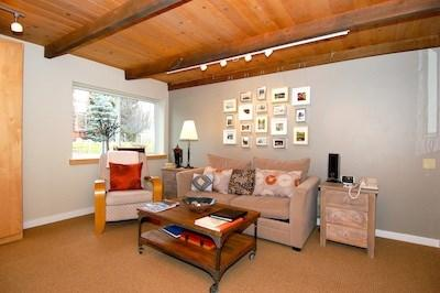Living Room area - Atelier 1101: Sun Valley Vacation Rental - Ketchum - rentals