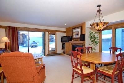 Living Room  - Greyhawk Ski Condo in Warm Springs - Ketchum - rentals