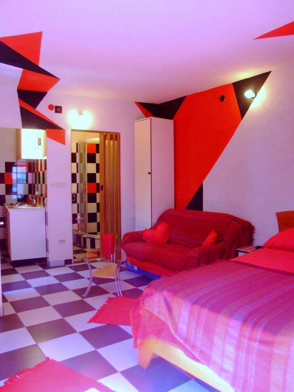 Red Apartment in Split Centre - Image 1 - Split - rentals