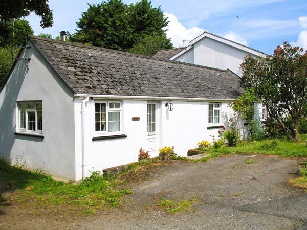 STONEYFORD COTTAGE, woodburner, WiFi, child-friendly cottage near Narberth, Ref. 903430 - Image 1 - Templeton - rentals