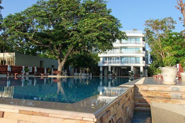 Rear Pool next to beach - Modern 2 bed apartment South Hua Hin Thailand - Hua Hin - rentals
