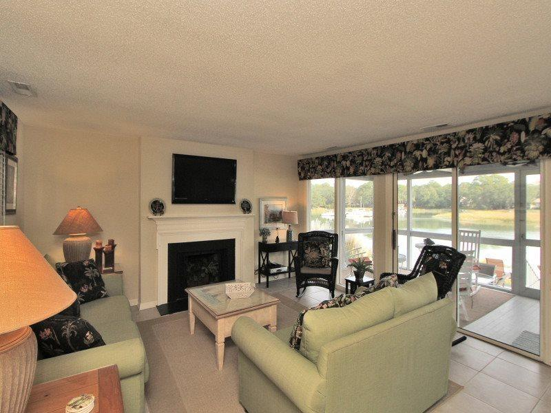 Living Room with Flat Screen at 16 Lands End Court - 16 Lands End Court - Sea Pines - rentals