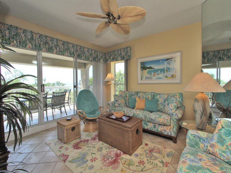 Living Room at 507 Barrington Arms - 507 Barrington Arms - Palmetto Dunes - rentals