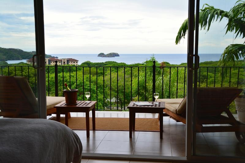 MAIDCOOKSITTER PRIVATE LUXURY IDEAL FAMILY VILLA - Image 1 - Playa Hermosa - rentals