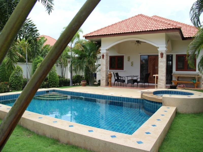 Villas for rent in Hua Hin: V6047 - Image 1 - Hua Hin - rentals