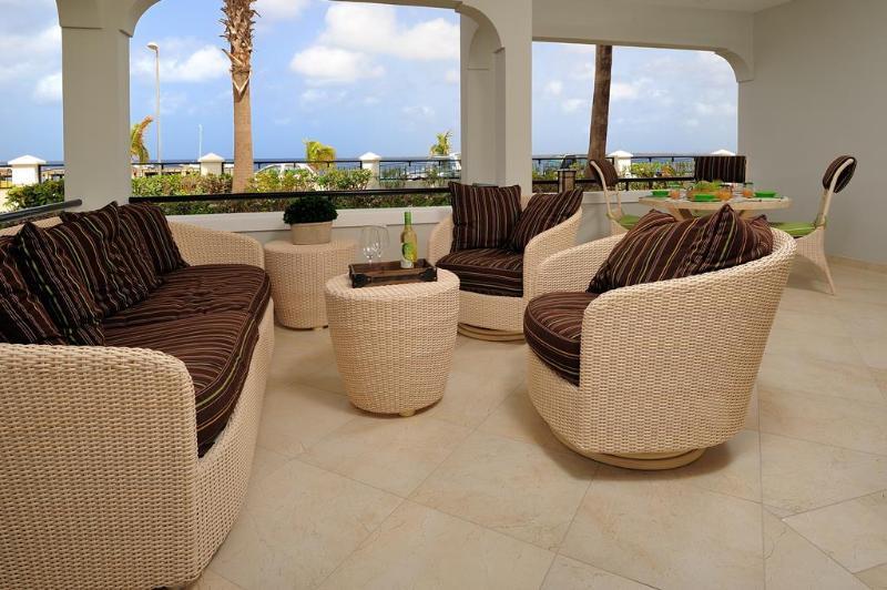 Beautiful 2 BR Oceanfront Downtown Condo - Image 1 - Kralendijk - rentals