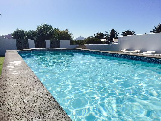 One of the largest private pools on the Island - Stunning villa -11mtr Private pool Hot tub  WiFi - Teguise - rentals