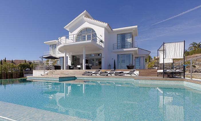 Villa Alboran - Image 1 - Benahavis - rentals