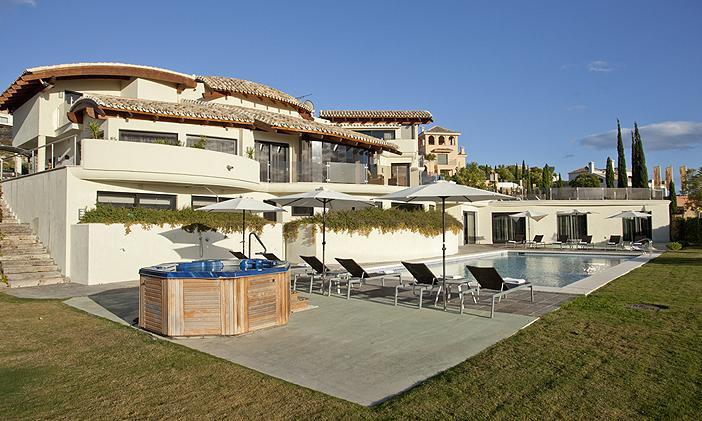 Villa Flamingos - Image 1 - Benahavis - rentals