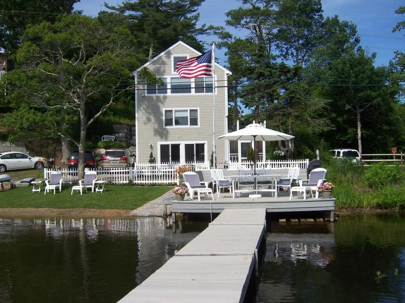Great Escape At Waters Edge Waterfront on Great  Herring Pond, Plymouth, MA Sun,Swim, Relax Perfect! - At Waters Edge - Charming Waterfront Beach House - Plymouth - rentals