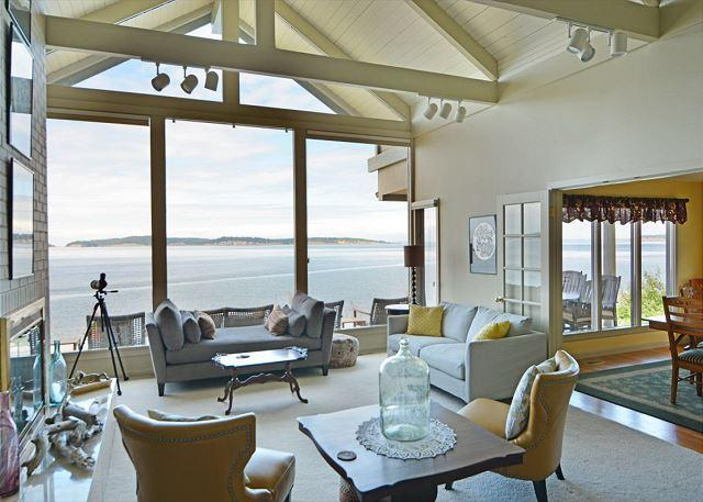 seating area in the living room focusing on the view. - North Shore Reef on Orcas Island - Eastsound - rentals