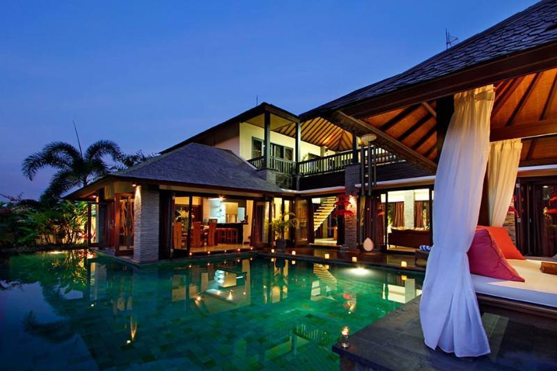 Bale Tokek Villa Bali - Spacious 4 BR Villa Near Echo Beach - Bale Tokek - Canggu - rentals