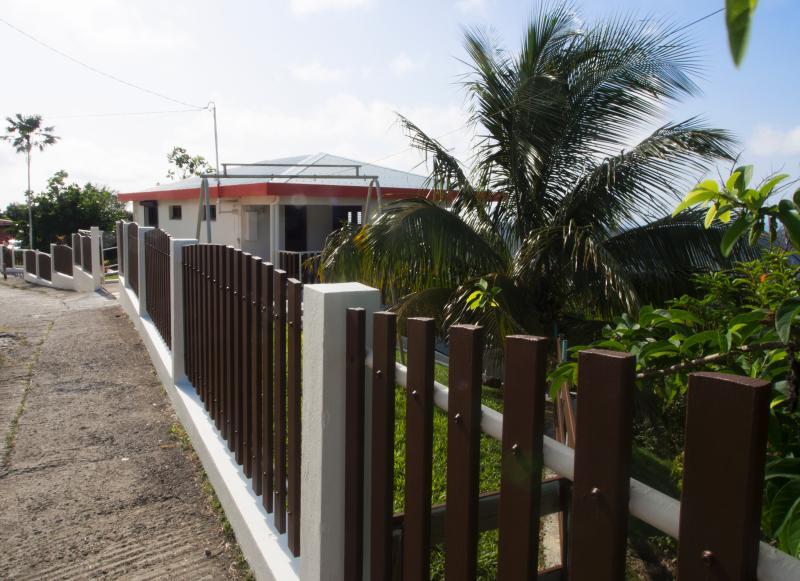 La case aux vents - La créole - Image 1 - Sainte-Luce - rentals