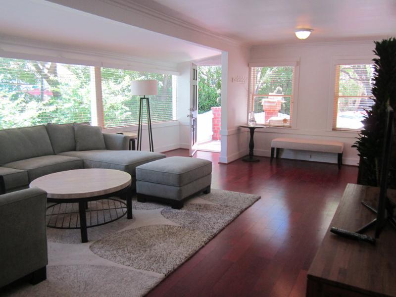 Light Filled 2bed Home in the Beverly Glen - Image 1 - Los Angeles - rentals