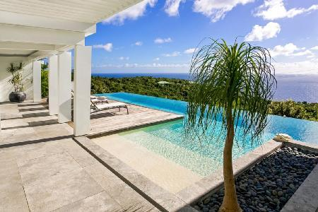 Infinite View on Lurin hillside with panoramic views & cascading infinity pool - Image 1 - Gouverneur - rentals
