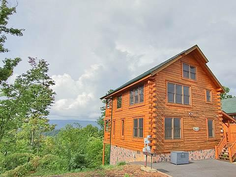 High Timber Retreat - Image 1 - Pigeon Forge - rentals
