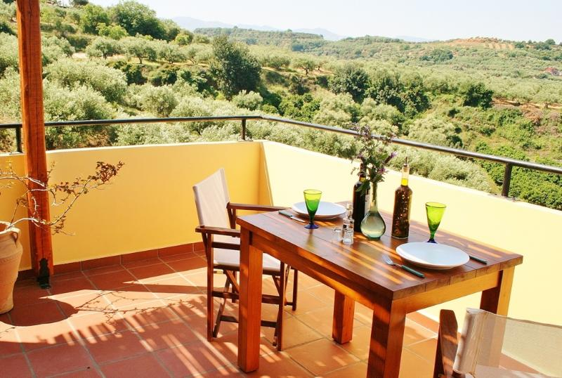 Front balcony Pine - Arete Self-Catering Apartments - Chania - rentals