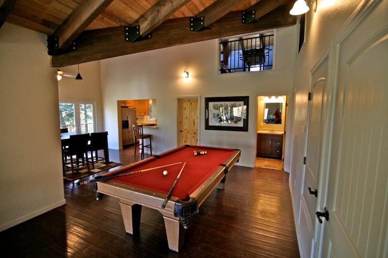 Cedar Brook Lodge - custom built in 2007 - Image 1 - Lake Arrowhead - rentals